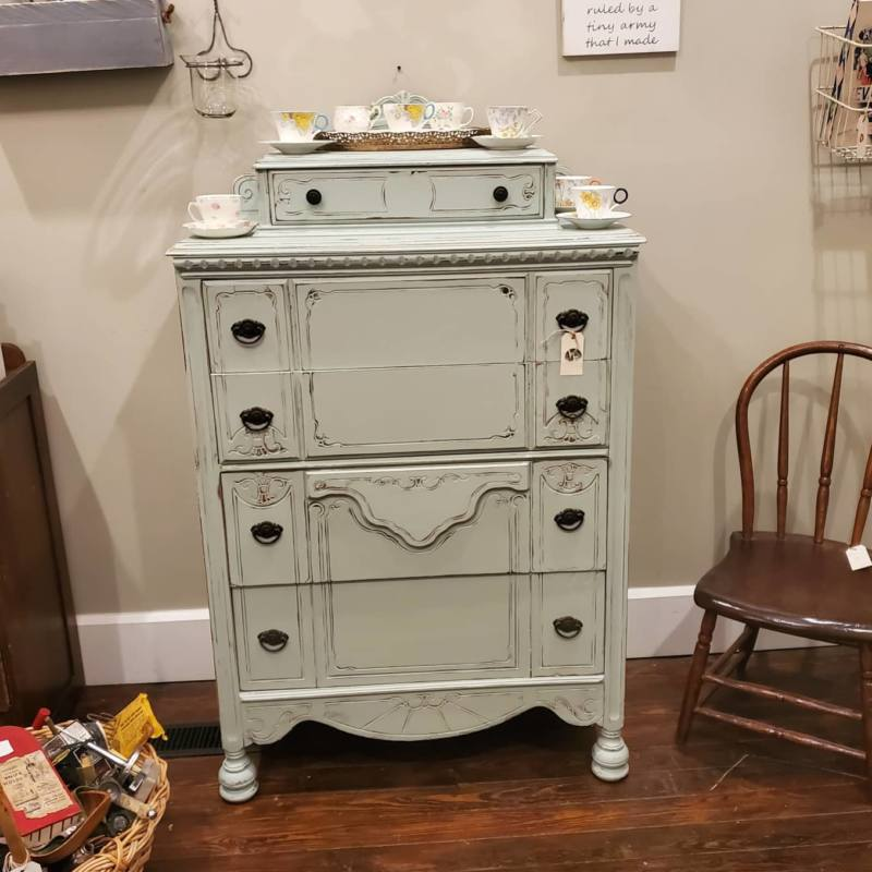 Dresser Fusion Classic French Egg Shell
